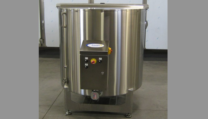 Stainless steel melt tank. Complete fabrication – design, laser cutting, forming, welding, surface finishing and weld blending.